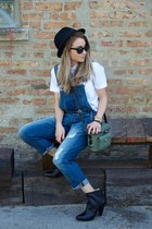black ankle boots Frye boots - navy Sneak peek La jeans - white JCrew shirt