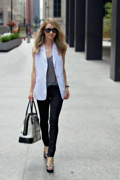 white white vest TheySkens Theory vest - black rag & bone jeans