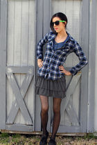 blue abercrombie and fitch t-shirt - blue shirt - gray skirt - black Target tigh