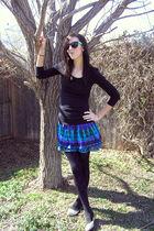 black shirt - blue Forever 21 skirt - purple Walmart tights - black Forever 21 t