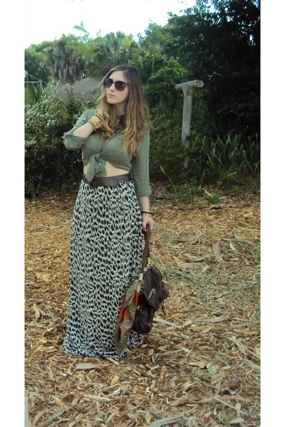 Old Navy shirt - Madden Girl wedges - diy skirt banana republic skirt - ShopBeli