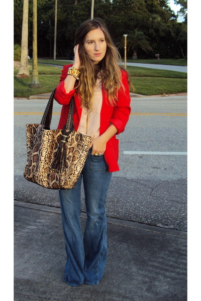 Old Navy jeans - Vintage Thrifted blazer - baciami bag - Old Navy blouse