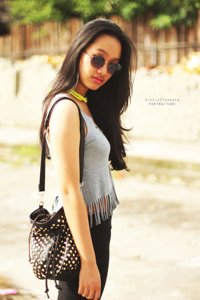 black studed bag - black leggings - heather gray bodysuit - yellow necklace