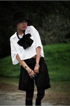 white cotton on top - black RandomVendor-HK pants - deep purple it socks - black