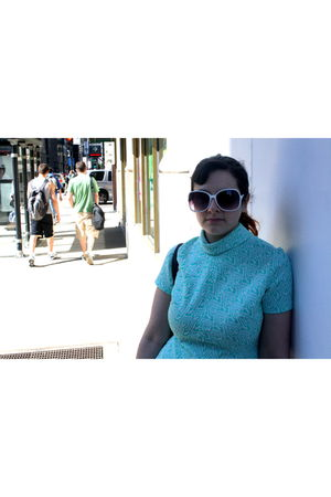 green white zig zags dress - white sunglasses