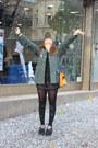 Parfois-bag-zara-shorts-calzedonia-socks