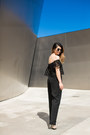Black-round-sunglasses-tan-t-strap-pumps-black-high-waisted-pants