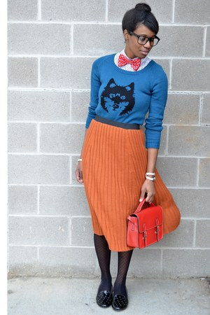black modcloth tights - blue wolf Ladakh sweater - red satchel chicnova bag