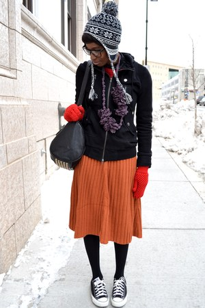 carrot orange pleated asos skirt - ruby red chicnova sweater