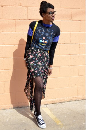 black modcloth top - black modcloth tights - yellow VJ Style bag