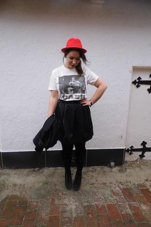H&M blazer - H&M t-shirt - H&M skirt