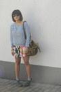 Leopard-forever-new-bag-wayfarer-ray-ban-sunglasses-floral-forever-21-skirt