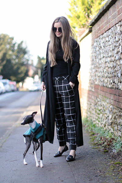 black Boohoo coat - black warehouse pants