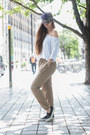 Bronze-wallis-pants-ivory-velvet-tee-t-shirt-black-daniel-footware-pumps