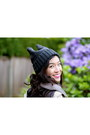 Charcoal-gray-knit-bunny-hat-momo-hat-dark-gray-hibou-boots