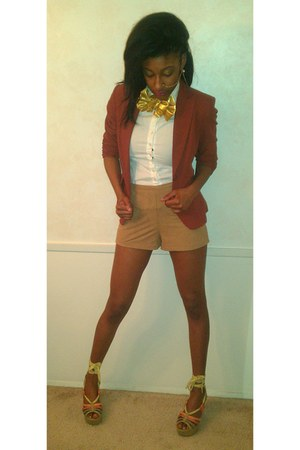 blazer - shorts - tie - wedges