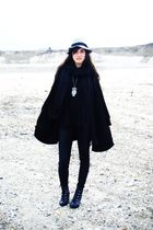 black H&M jacket - silver vintage necklace - black H&M shoes