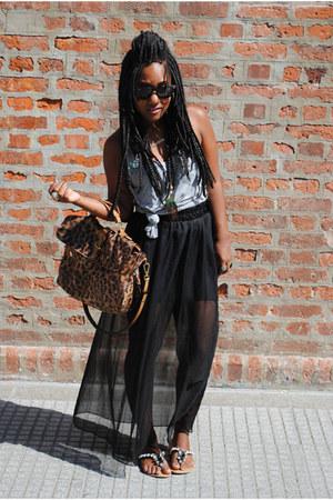 silver maria fil shirt - tawny Arezzo bag - black Ray Ban sunglasses - black mus