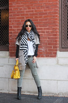Zara shoes - J Brand pants - Club Monaco t-shirt - Club Monaco sweater - Club Mo
