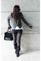 Zara blazer - Zara boots - Zara bag - Stradivarius shorts - Zara t-shirt