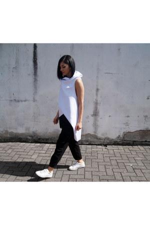white Zara shoes - white Malaika ring - black Mango pants - white Malaika vest