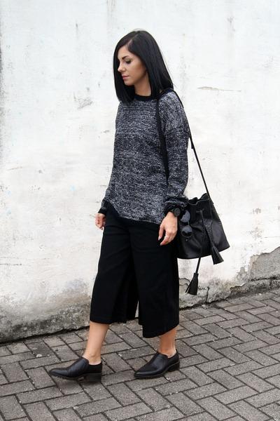 black BNKR sweater - black Daphny Raes bag - black HEIM pants
