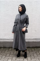 black Karl Lagerfeld bag - heather gray Just Femalevia Monomin coat