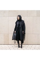 black lintervalle shoes - black asos coat - black Choies vest