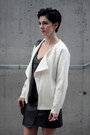 White-lindex-jacket-black-zara-bag-black-leather-choies-top
