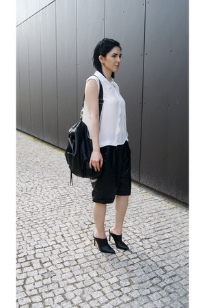black Mohito shoes - black Mohito bag - white style moi blouse
