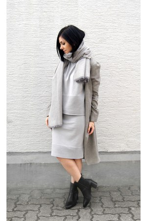 silver Paisie skirt - black Zara shoes - heather gray Tanroh coat
