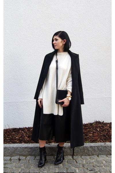black Sheinside coat - white Zara sweater - black Jessica Buurman bag