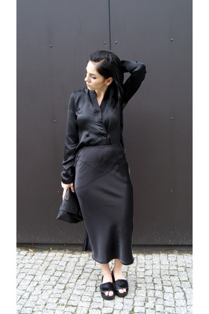 black Zara shoes - black Zara bag - black Front Row Shop skirt