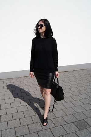 black Mango shoes - black SK Cole sweater - black markberg bag