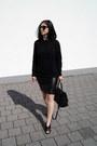 Black-mango-shoes-black-sk-cole-sweater-black-markberg-bag