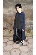 black leather reserved bag - navy nike shoes - navy H&M Trend coat