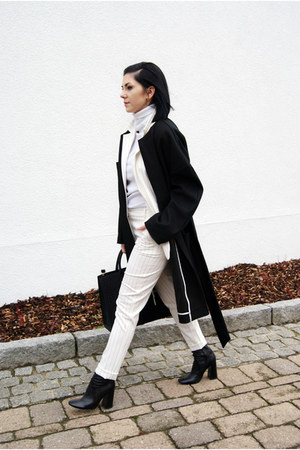 black Whiite via Garmentory coat - white pinstripe rosemunde jacket