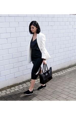 black NR Rapisardi shoes - white Mango blazer - black Hieleven bag