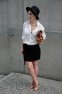 Black-zara-hat-white-bershka-shirt-bronze-zara-bag
