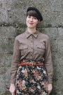 Navy-floral-vintage-skirt-black-macys-boots-black-beret-moonchild-hat