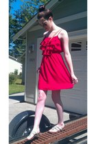 red dress - aviator sunglasses - white sandals