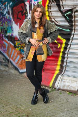 black 90ies boots H&M shoes - black tight H&M jeans