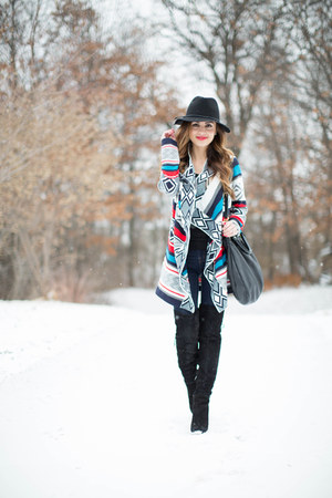 red Nordstrom sweater - black sam edelman boots - black Target hat