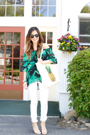 green Vince Camuto top - white American Eagle jeans - beige JCPenney heels