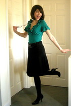 black Gabor shoes - green Dorothy Perkins top - black skirt - silver necklace -