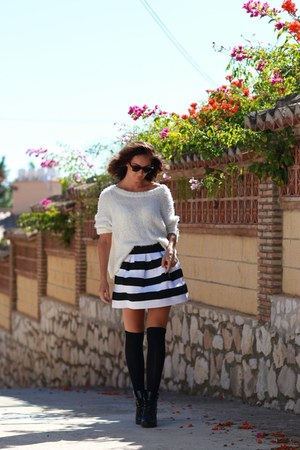 black stripes Bik Bok skirt
