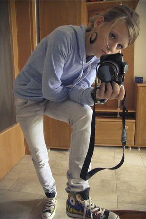 blue Gate jumper - black Gate earrings - silver VIP Paris jeans