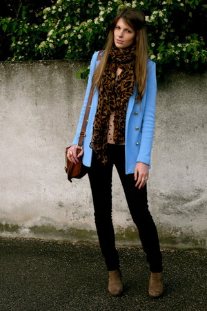 sky blue H&M jacket - light brown keys boots