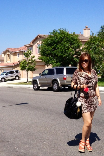 light brown dress - black Chanel bag