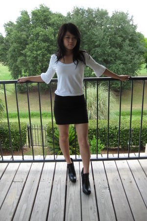 5d0936bd69 Forever21 Mini Skirt - How to Wear and Where to Buy | Chictopia